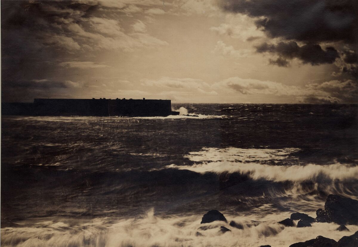Gustave Le Gray. The Great Wave, Sète, 1857. Courtesy of The Barnes Foundation, Michael Mattis and Judy Hochberg.