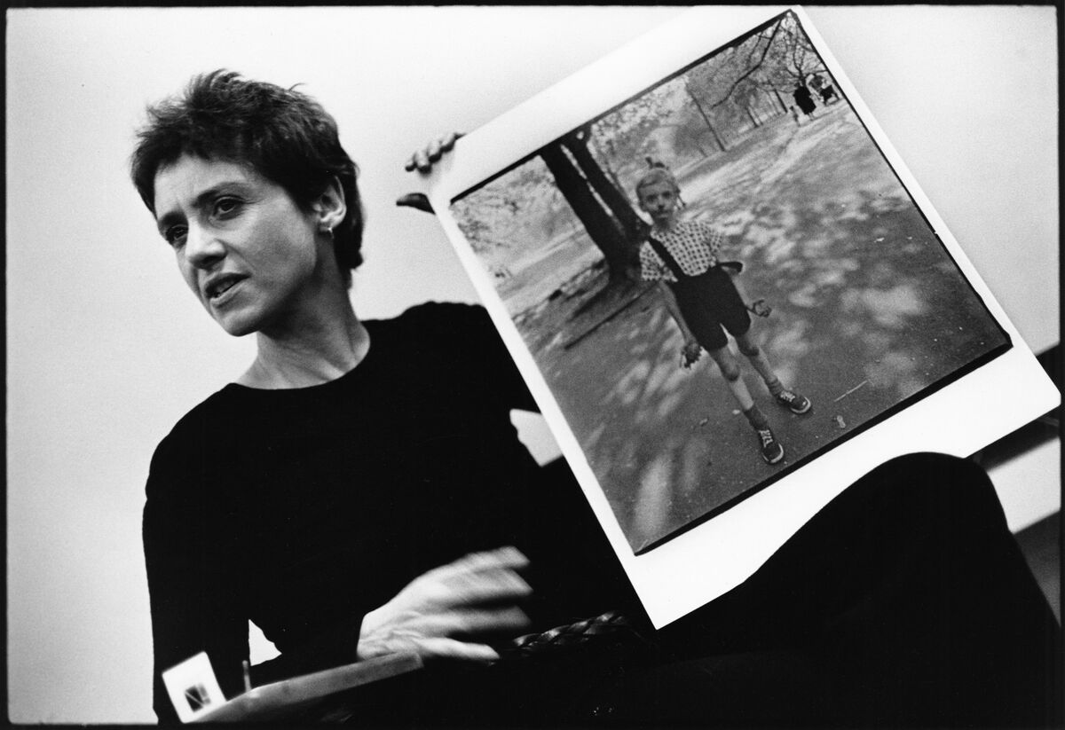 Stephen Frank, Diane Arbus During a Class at the Rhode Island School of Design, 1970. Photo © Stephen A. Frank, courtesy Fraenkel Gallery and David Zwirner.