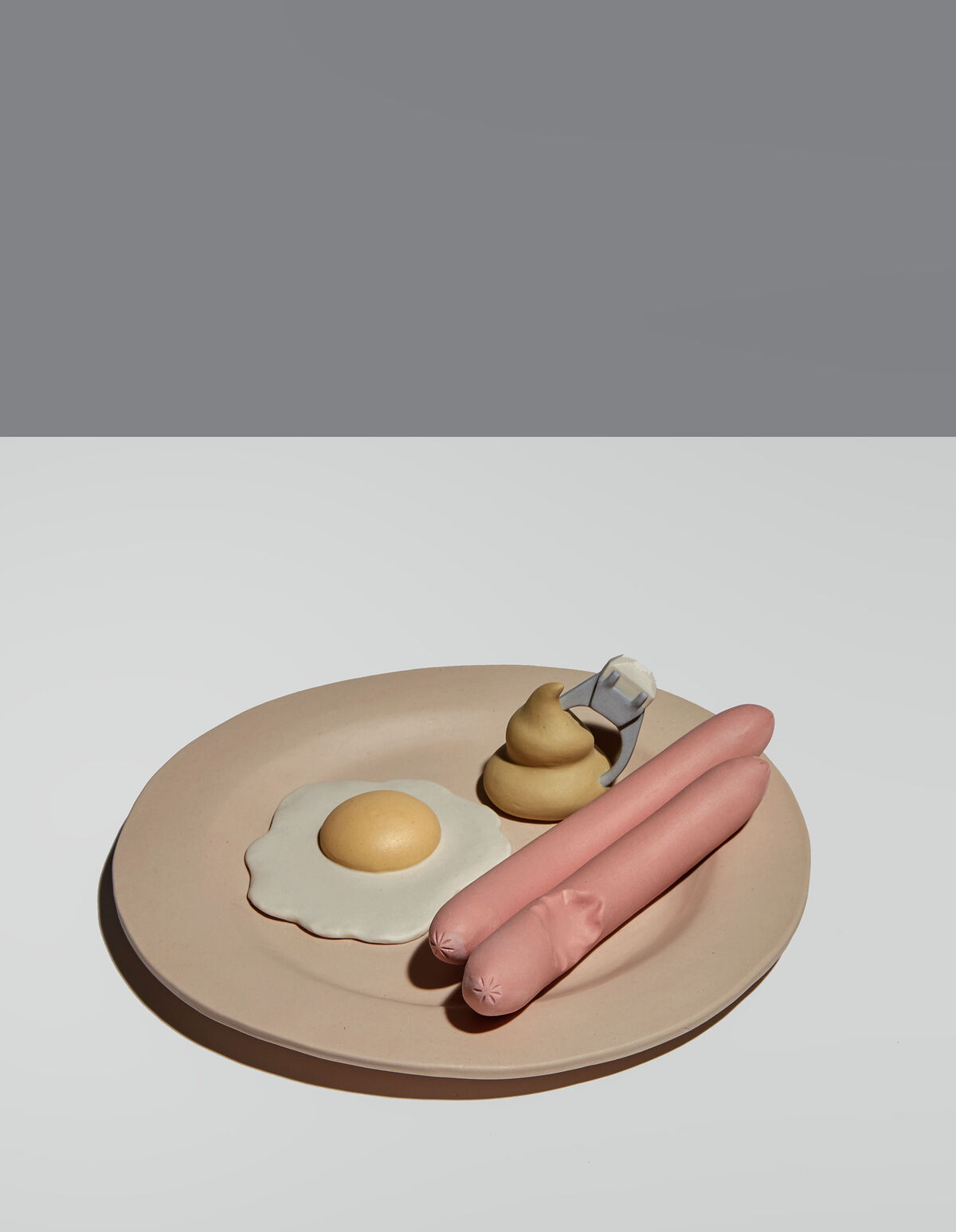 Genesis Belanger, Breakfast in Bed, 2019. Photo by Pauline Shapiro. Courtesy of the artist and Perrotin.