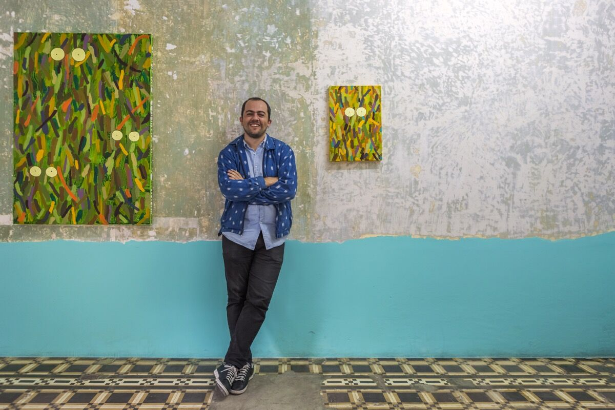 Portrait of Stefan Benchoam by Alan Benchoam. Courtesy of Proyectos Ultravioleta, Guatemala City.