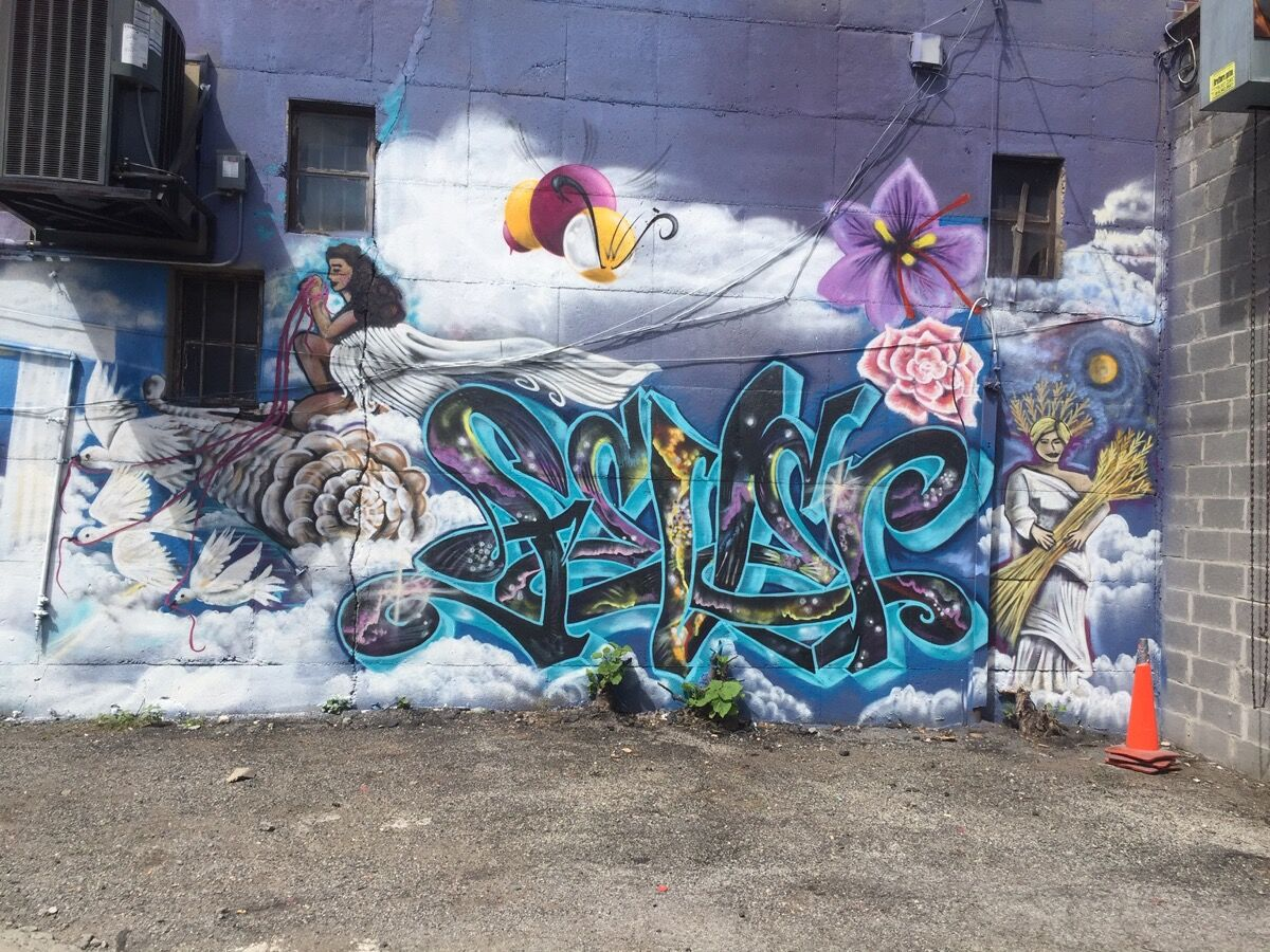 Lady K Fever, King bee painted the bee. Courtesy of Bronx Graffiti Art Gallery.