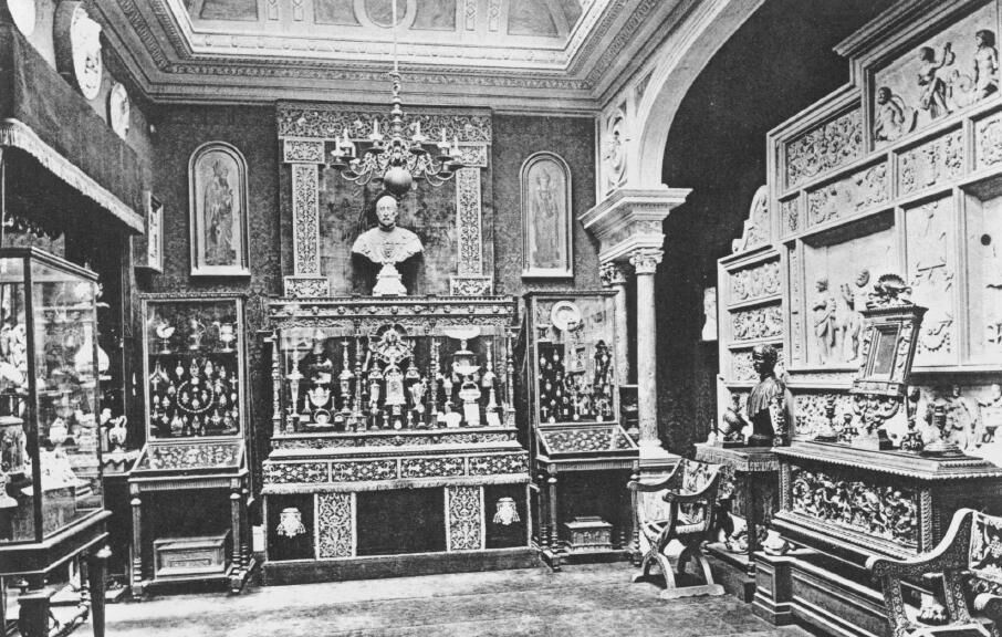 The interior of Spitzer's Paris home.