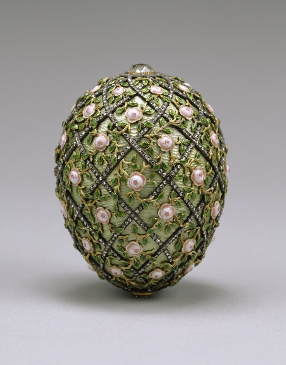 House of Fabergé, Rose Trellis Egg, 1907. Courtesy of The Walters Art Museum.