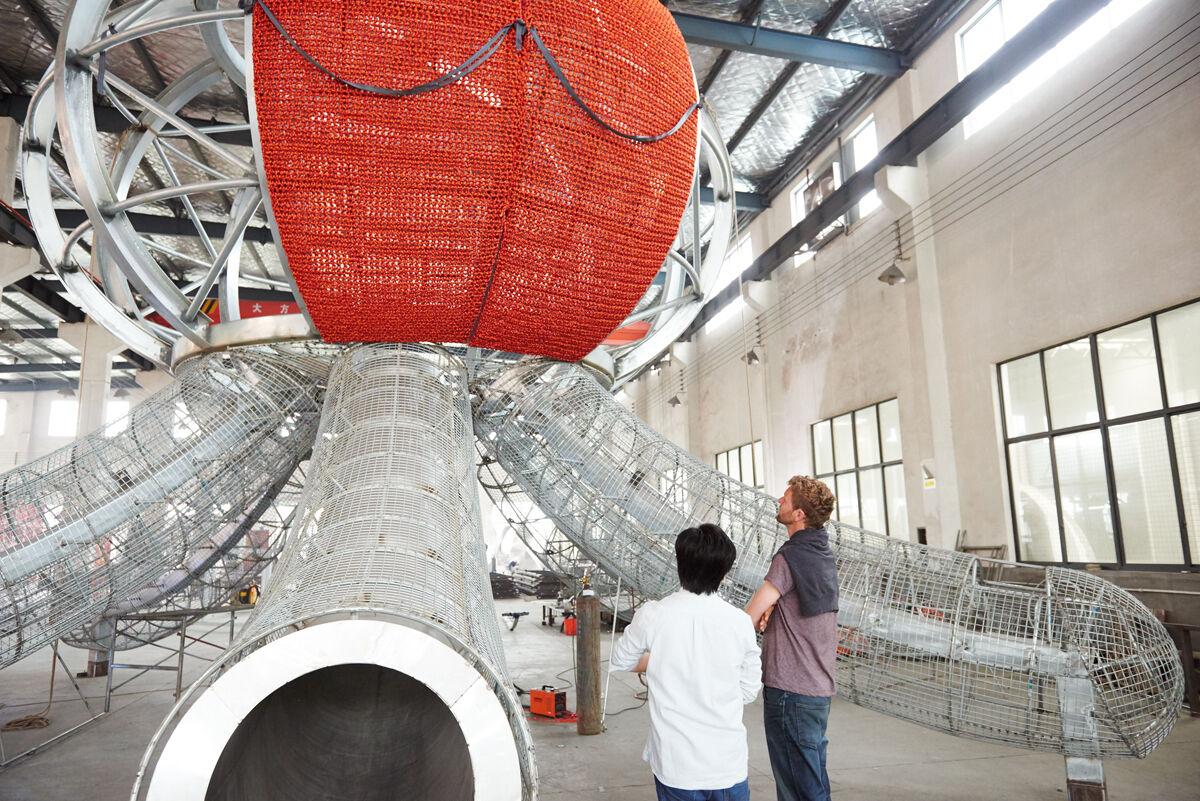 Florentijn Hofman visiting the UAP workshop in Shanghai, as his work, Kraken, was being made. Courtesy of UAP.