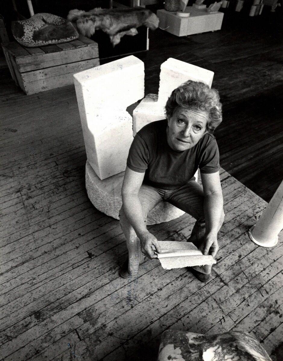Hanna Eshel in her loft in New York, February, 1979. Courtesy of Patrick Parrish Gallery.
