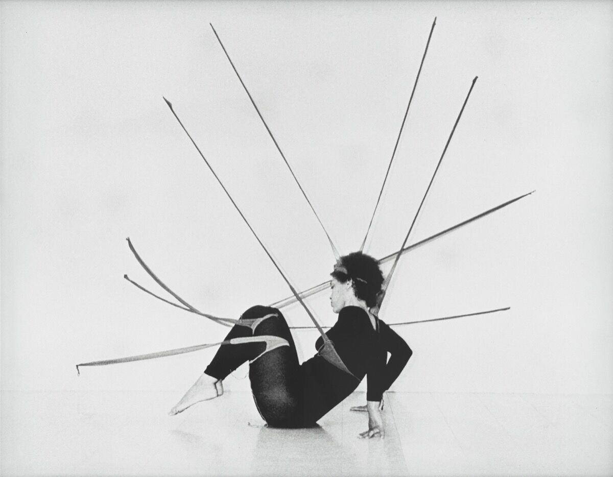 Senga Nengudi, Performance Piece, 1977. Photo by Harmon Outlaw. © Senga Nengudi 2019.