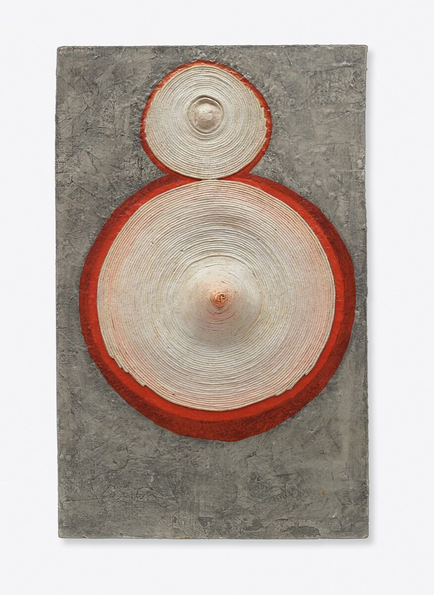 Eva Hesse, Ringaround Arosie, 1965. © The Museum of Modern Art / Licensed by SCALA / Art Resource, NY. Courtesy of Acquavella Galleries and The Museum of Modern Art, New York.