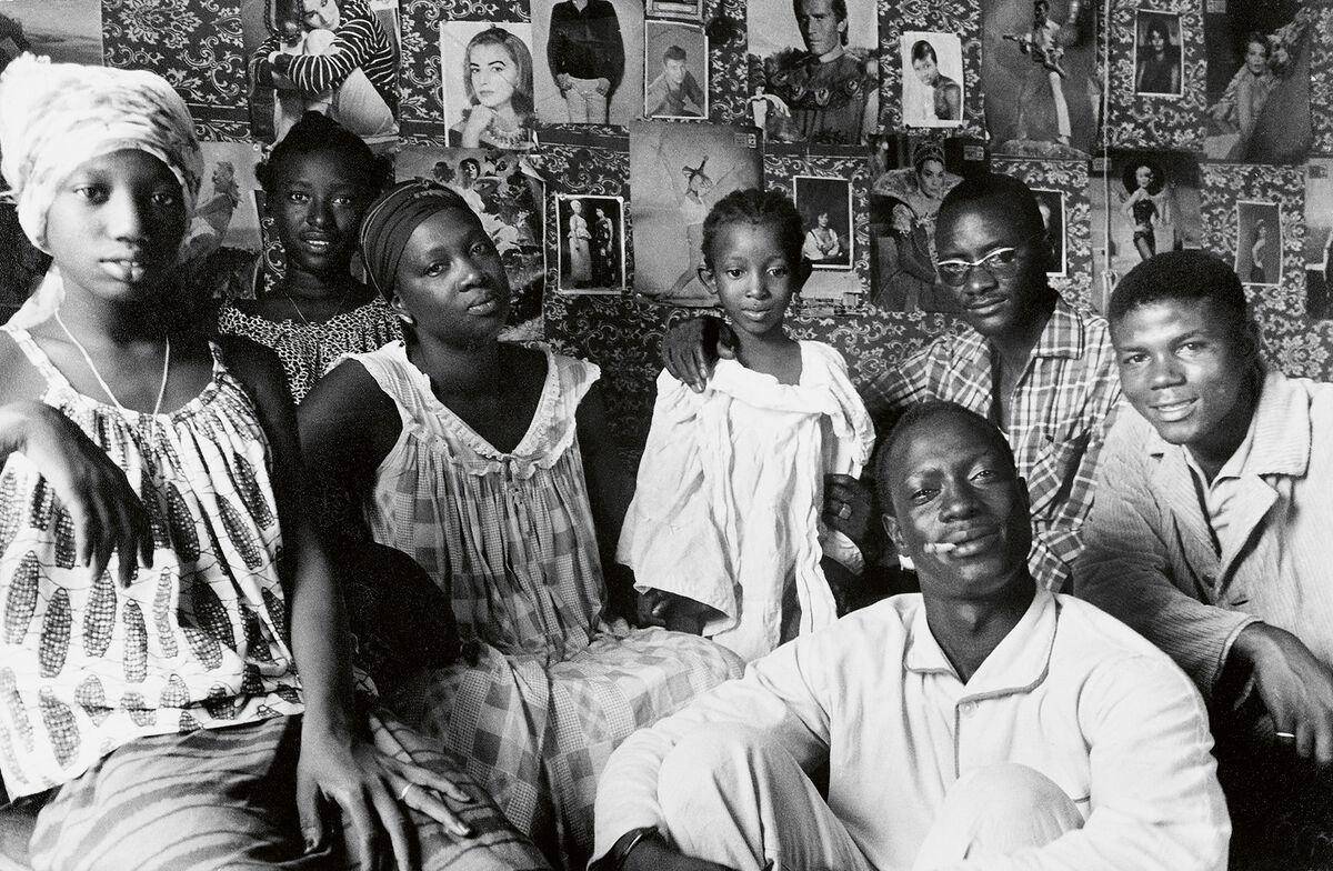 Priya Ramrakha, Family gathering, Accra, Ghana, c. 1966. © Priya Ramrakha.
