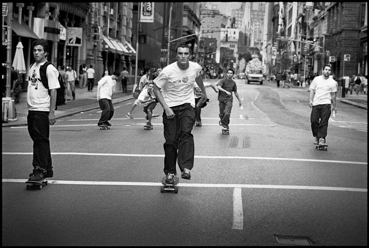 Mike O'Meally, Broadway & Astor Place, NYC, September 12, 2001, 2001. Courtesy of the artist.