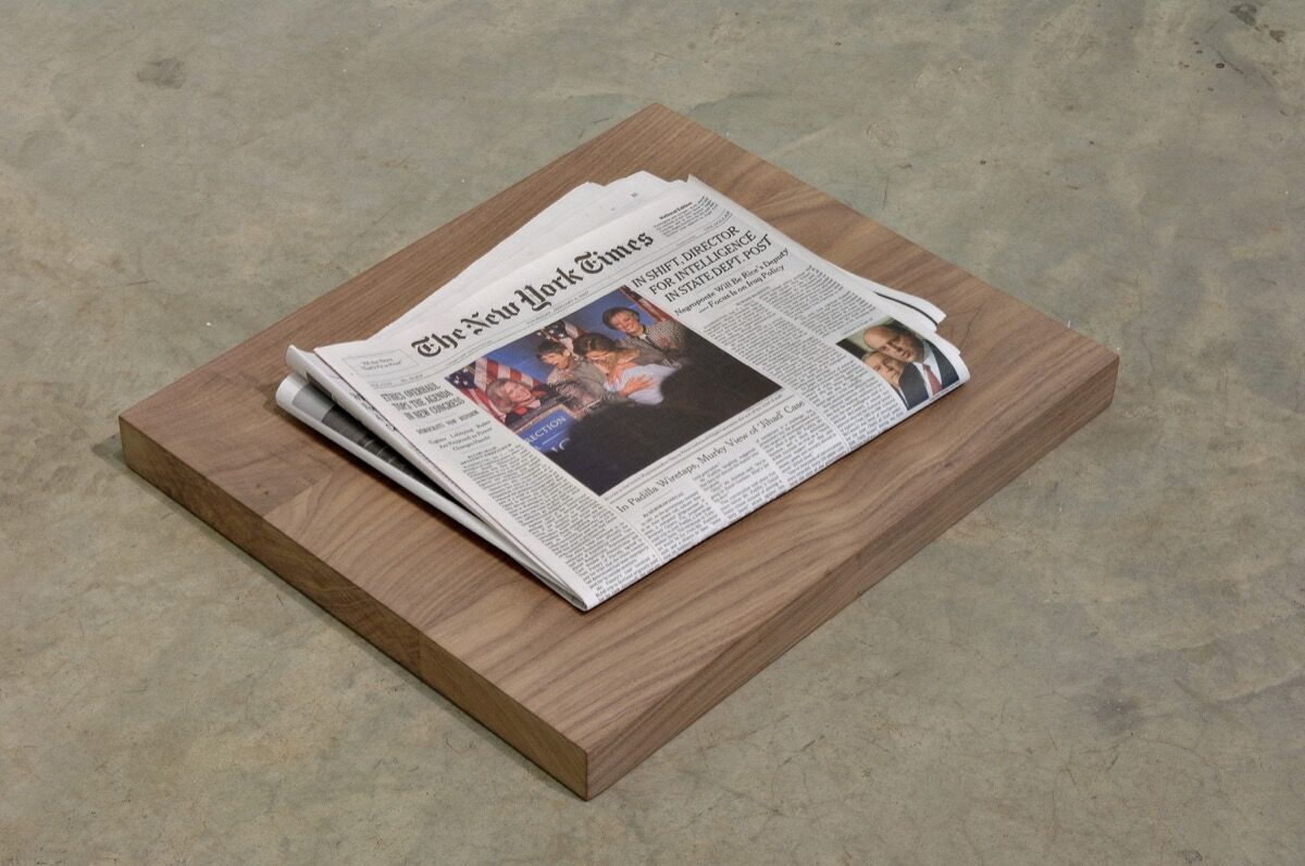 Dave Mckenzie, Yesterday's Newspaper, 2007. Courtesy of the artist and Susanne Vielmetter Los Angeles Projects. Photo by Dan Kvitka. Courtesy of the Flag Art Foundation.