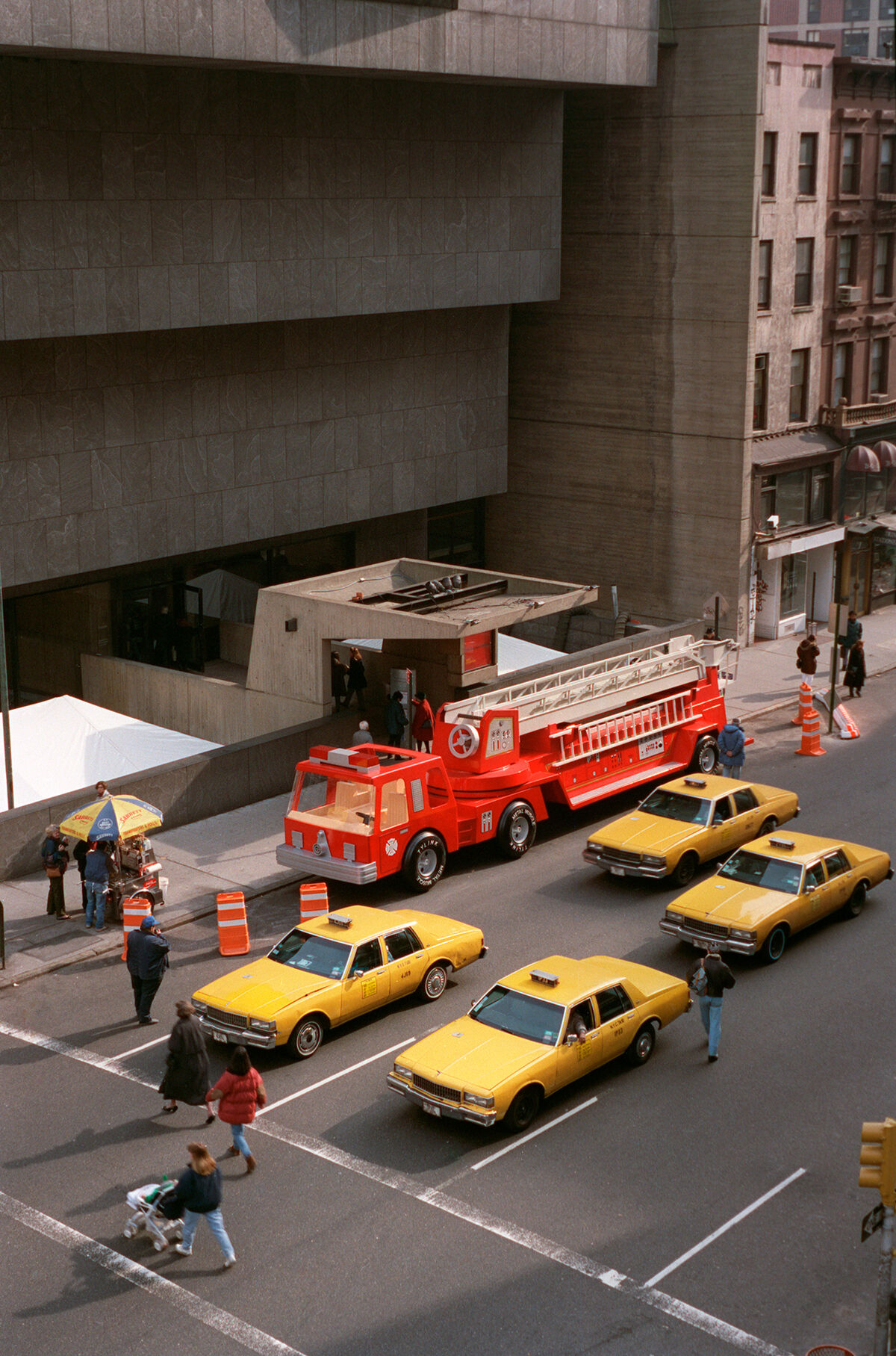 Charles Ray, Firetruck, 1993. © Charles Ray. Courtesy of Matthew Marks Gallery.