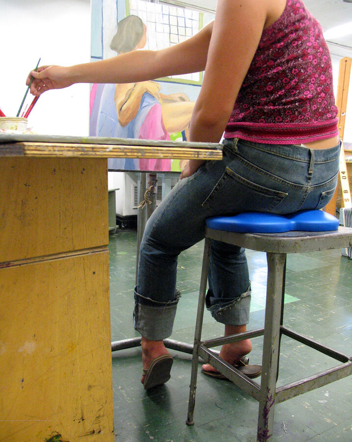 A student using Critbuns in class. Courtesy of Critbuns.