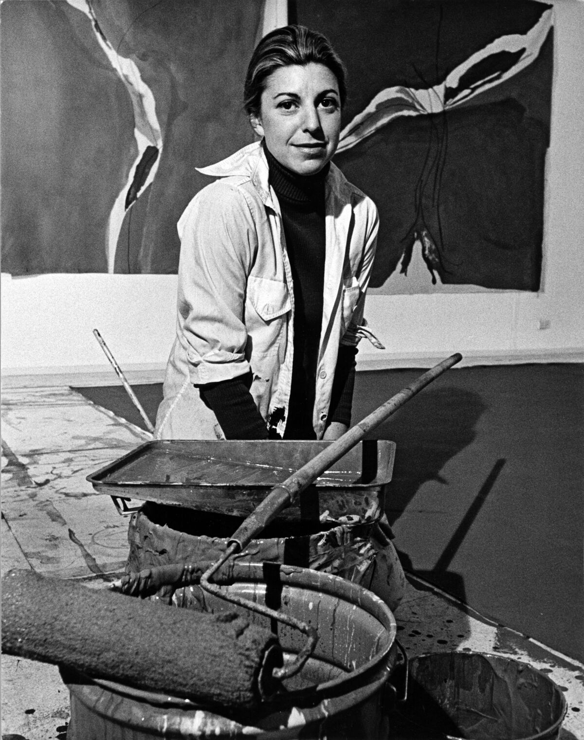 Portrait of Helen Frankenthaler in her New York studio, 1971. Photo by Jack Mitchell/Getty Images