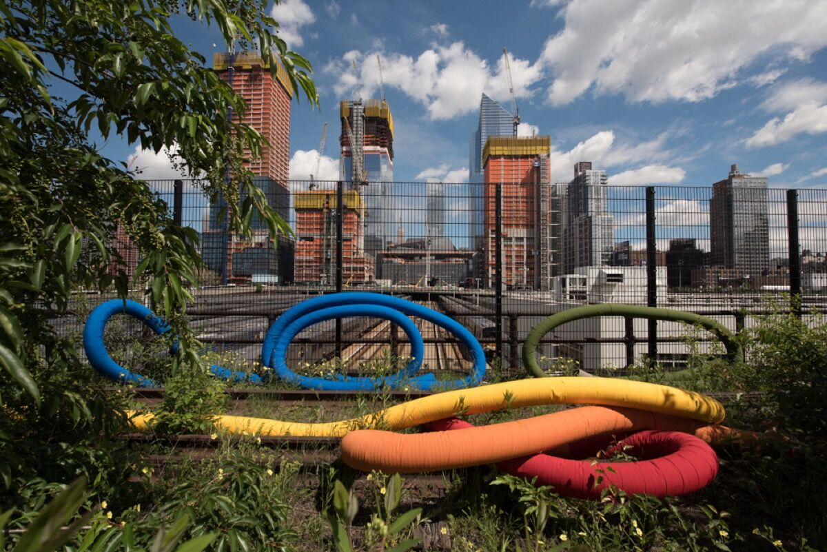 Sheila Hicks, Hop, Skip, Jump, and Fly: Escape From Gravity, 2017. A High Line Commission. Photo by Timothy Schenck. Courtesy of Friends of the High Line.
