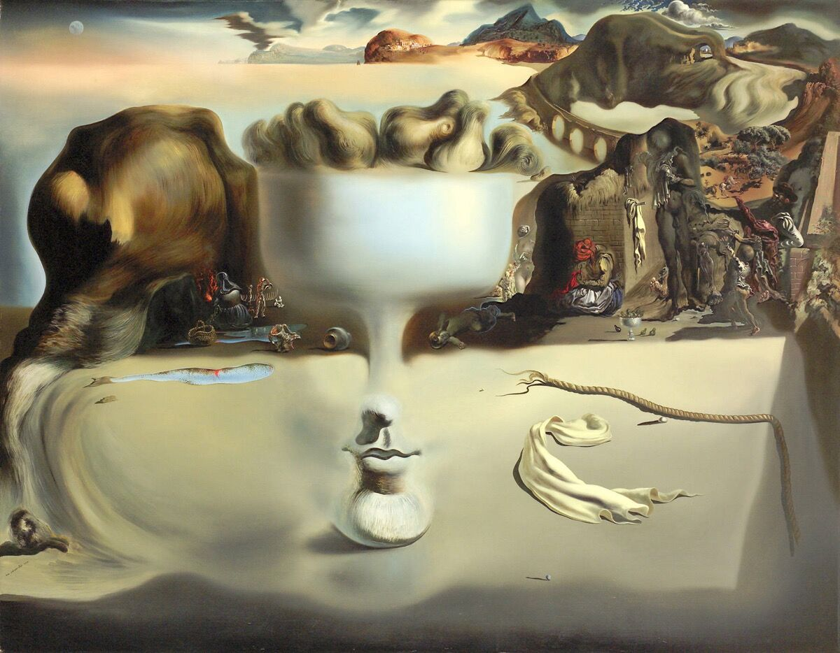 Salvador dalí apparition of face and fruit dish on a beach 1938