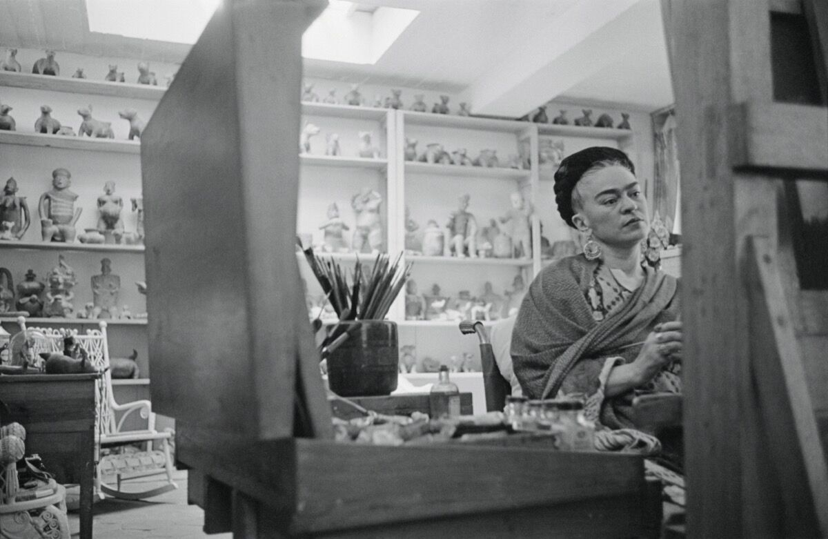 Portrait of Frida Kahlo in Mexico City, 1954. Photo by Werner Bischof. © Werner Bischof/Magnum Photos. Courtesy of Magnum Photos and Laurence King Publishing.