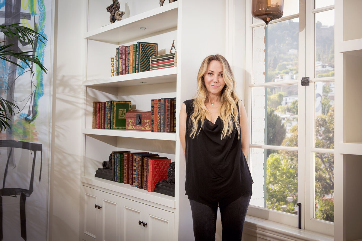 Portrait of Lisa Schiff. Courtesy of Lisa Schiff.