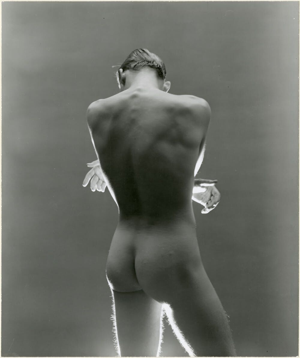 A 1945 George Platt Lynes photograph of an anonymous model.   Gelatin silver print, 7-1/2 × 9 in. From the Collections of the Kinsey Institute, Indiana University. © Estate of George Platt Lynes.