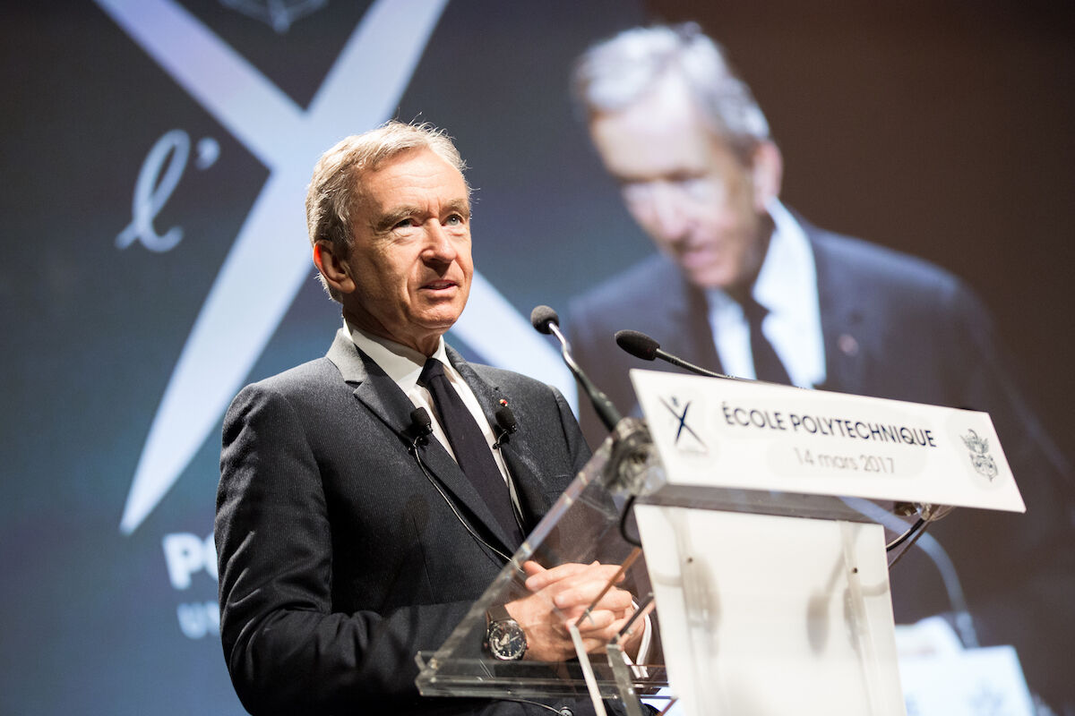 Bernard Arnault. Photo by Jérémy Barande / Ecole polytechnique Université Paris-Saclay, via Wikimedia Commons.