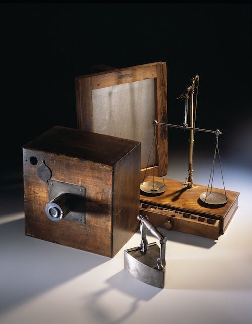 William Henry Fox Talbot's calotype photography equipment, c. 1840. © National Museums Scotland.
