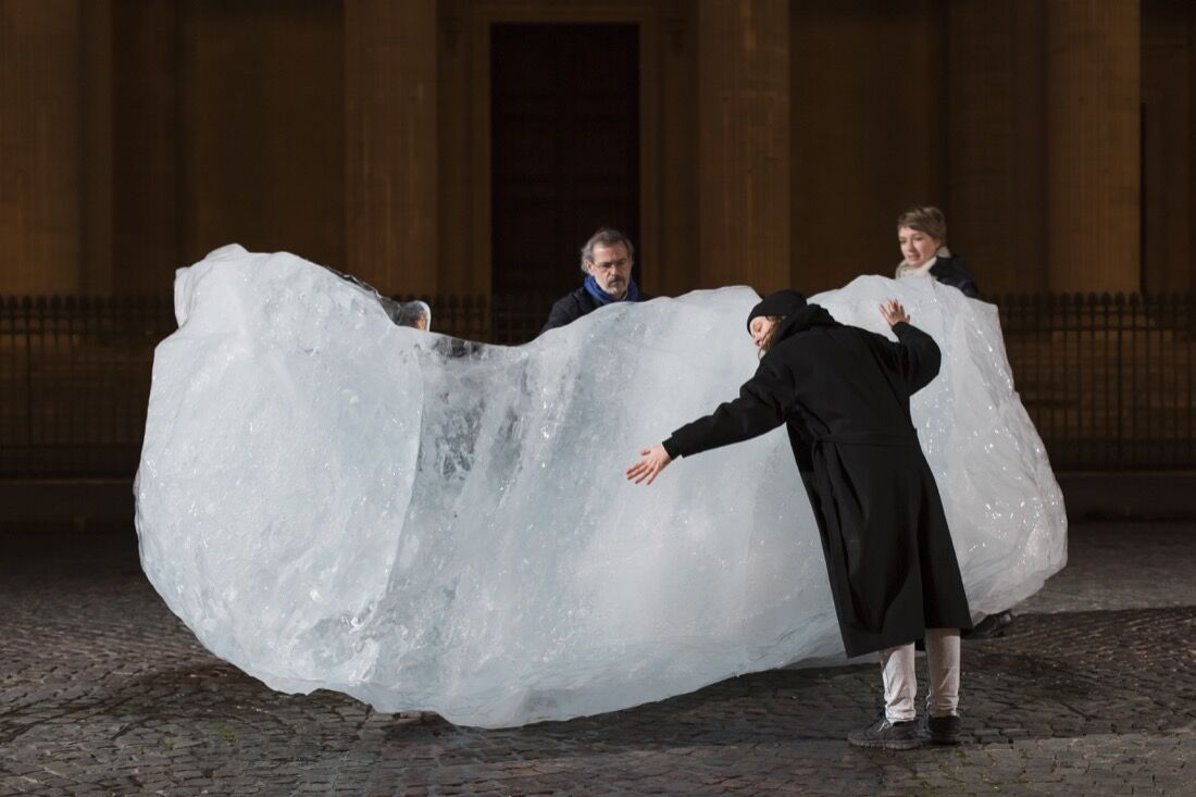 Ice Watch by Olafur Eliasson and Minik Rosing, Place du Panthéon, Paris, 2015. Photo by Martin Argyroglo, courtesy of Olafur Eliasson.