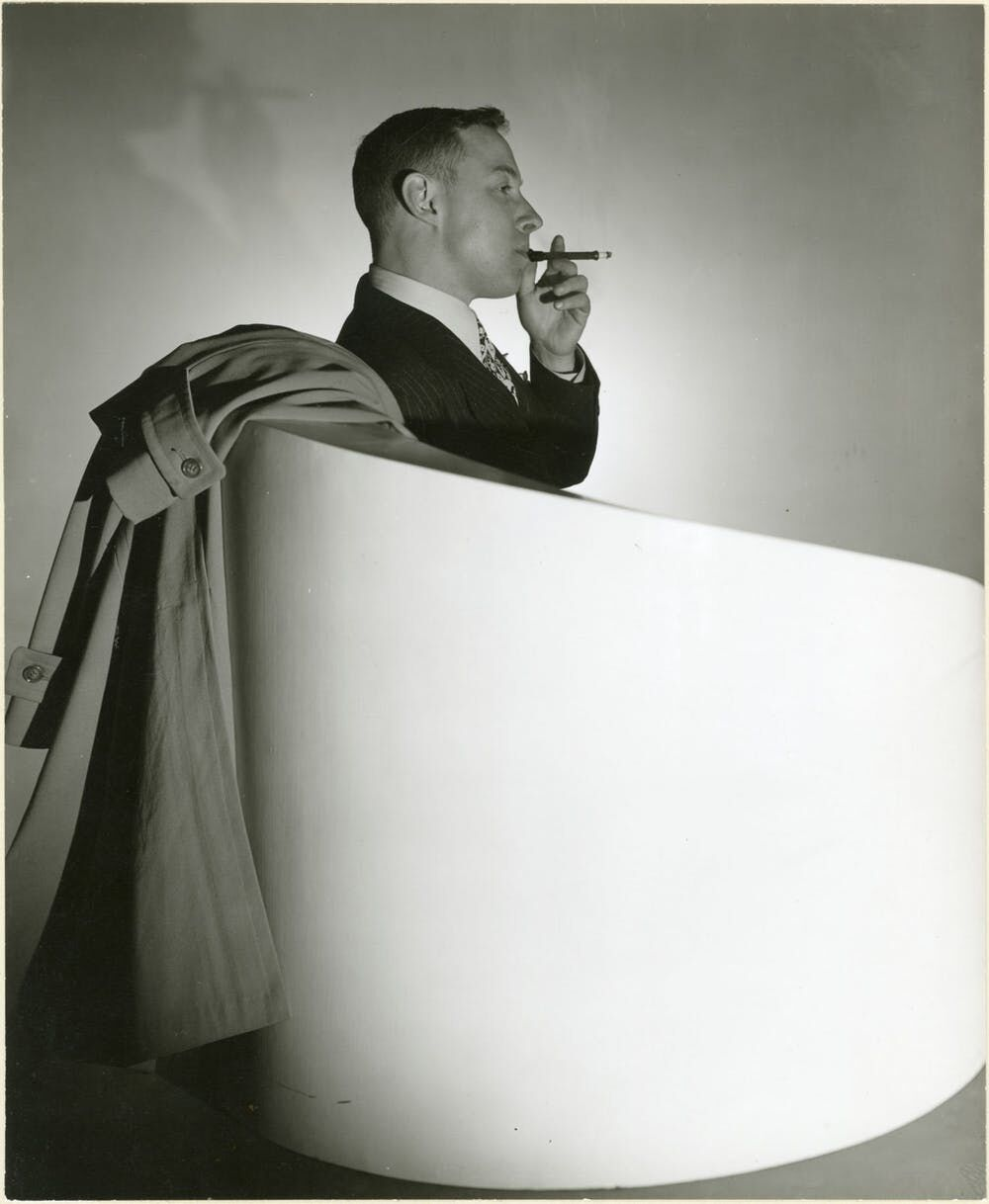 George Platt Lynes's 1944 portrait of writer Tennessee Williams.Gelatin silver print, 7-3/8 × 9 in. From the Collections of the Kinsey Institute, Indiana University. © Estate of George Platt Lynes.