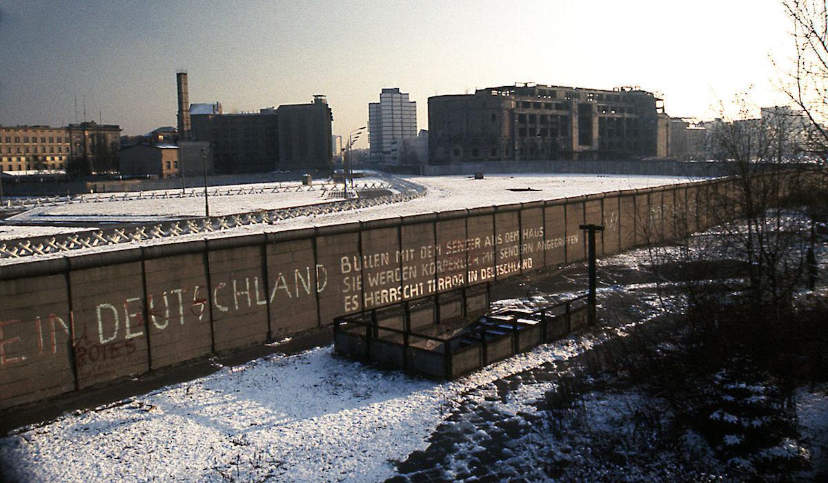 The Berlin Wall at Potsdamer Platz in 1975. Photo by Edward Valachovic, via Wikimedia Commons.