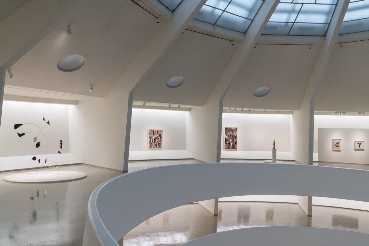 "Installation view of ""Visionaries: Creating a Modern Guggenheim."" Photo by David Heald. © Solomon R. Guggenheim Foundation, 2017."