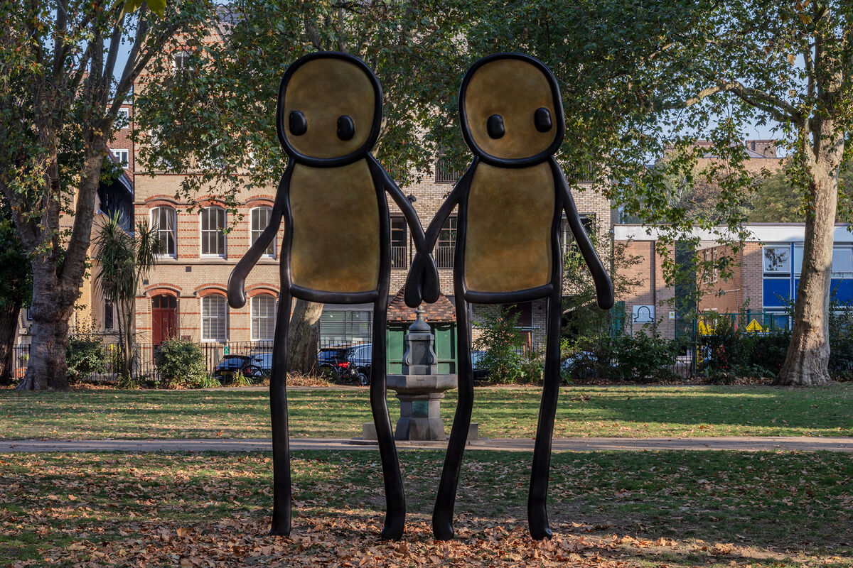 Installation shot of Stik's Holding Hands in London's Hoxton Square. Courtesy Stik.
