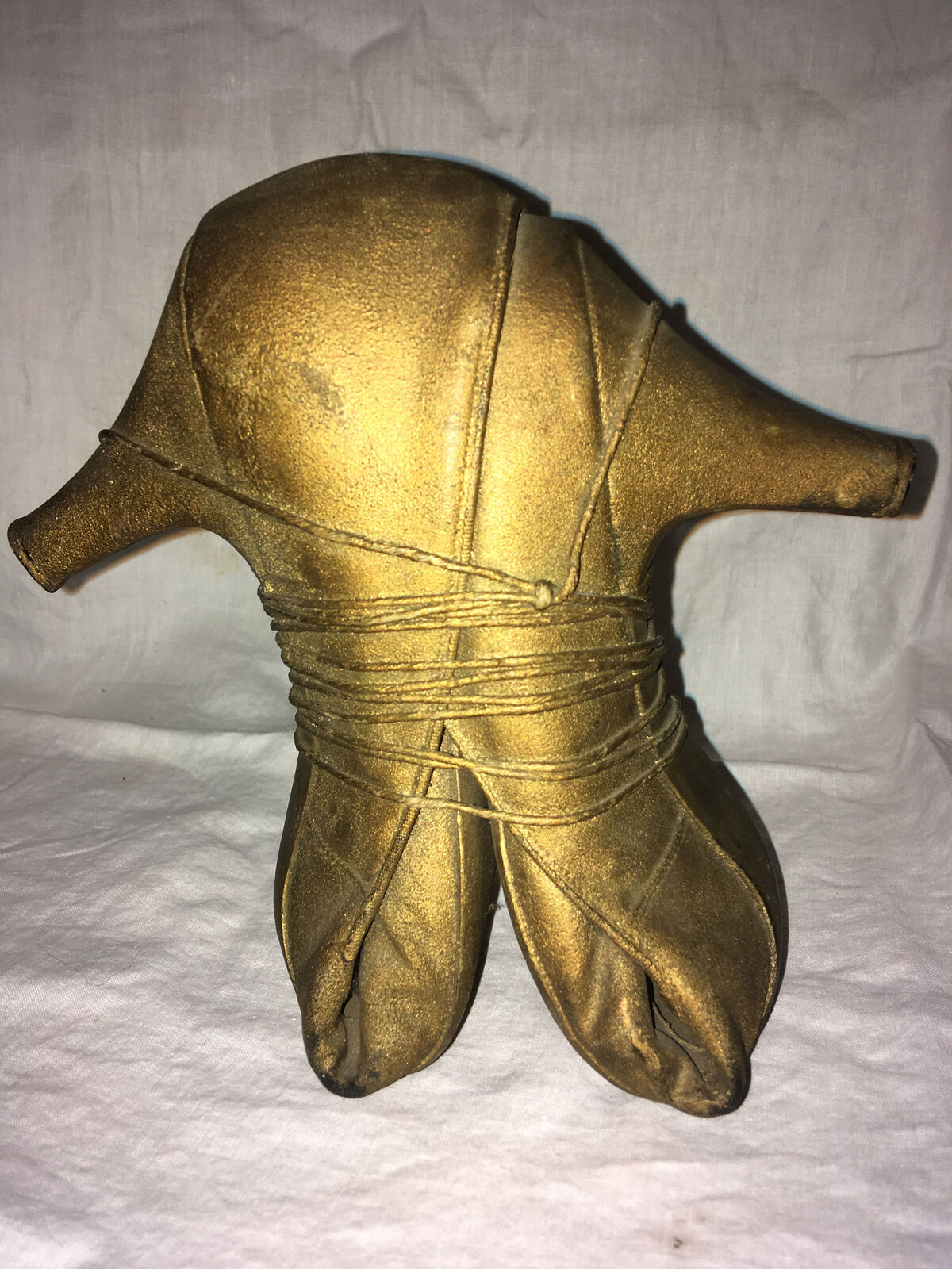 An untitled sculpture by May Wilson that Ray Johnson gifted to the author.