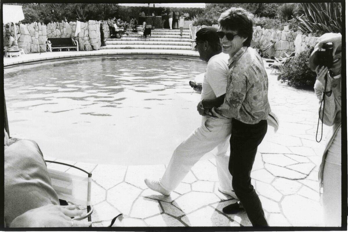 Jean Pigozzi, Mick Jagger and Helmut Newton, 1990. Courtesy ofGalerie Gmurzynska.