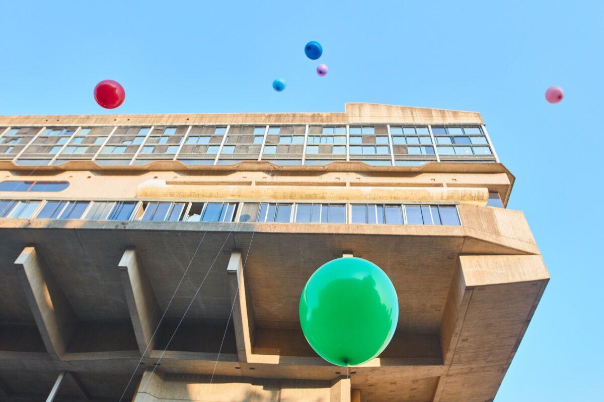 "David Horvitz, Señalamiento del cielo (Signaling the Sky), as part of ""Hopscotch (Rayuela),"" at Art Basel Cities: Buenos Aires, 2018. Courtesy of Art Basel."