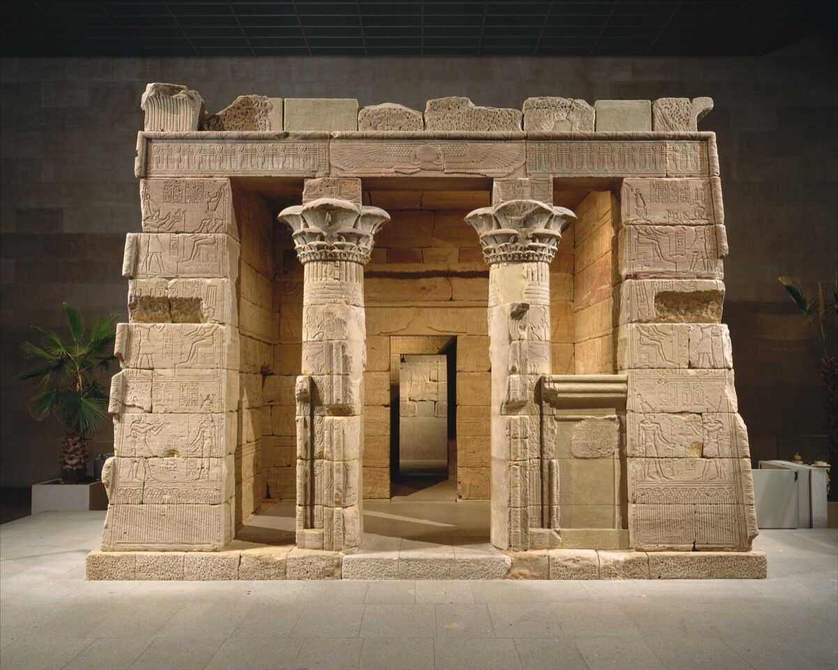Installation view of The Temple of Dendur. Courtesy of the Metropolitan Museum of Art.