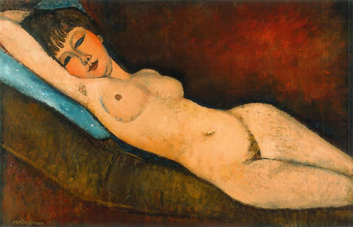 Amedeo Modigliani, Nu Couché au coussin Bleu, 1916, one of the paintings in the ongoing dispute. Image via Wikimedia Commons.