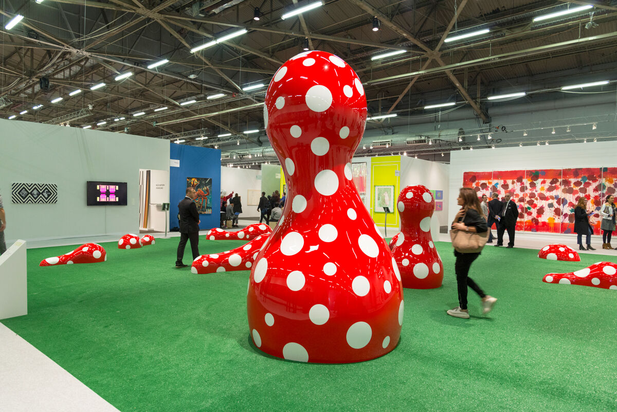 Installation view of Yayoi Kusama, Guidepost to the New World,2016, at The Armory Show, 2017. Photo by Adam Reich for Artsy.
