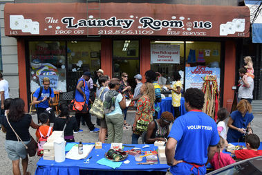The Laundromat Project, Field Day 2015: Harlem. Photo by Ray Llanos.