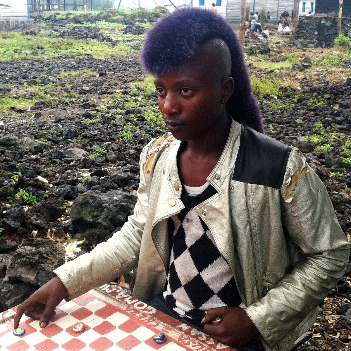 A young Congolese refugee in Goma, Democratic Republic of the Congo.I was impressed by the look of her hair. Photo by @leyuwera1.