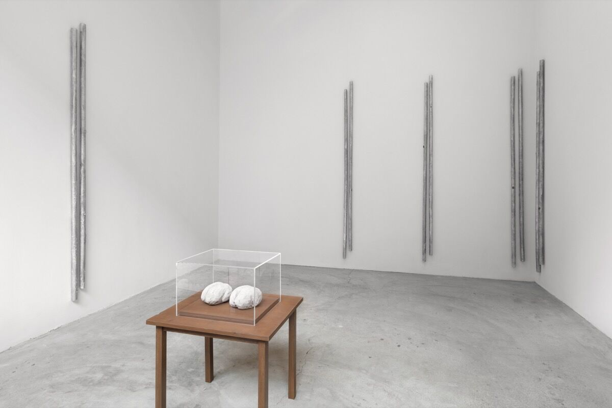 """Installation view, """"Andrei Koschmieder, Robert Gober,"""" curated by Laura Hunt, Paula Cooper Gallery, November 3 – December 20, 2017. Courtesy of Paula Cooper Gallery, New York."""