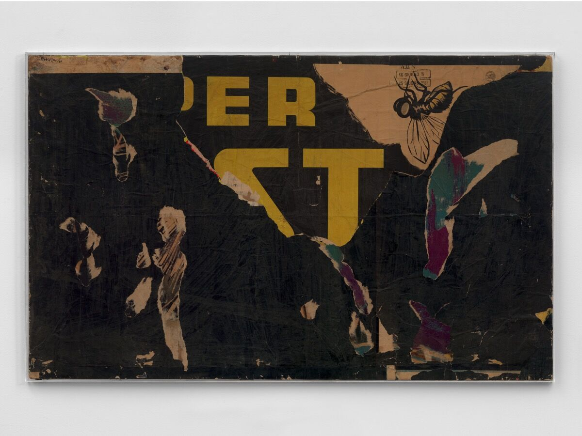 Mimmo Rotella, Senza titolo (Untitled), 1961. Photo by Todd-White. © DACS 2019. Courtesy of Hauser & Wirth.