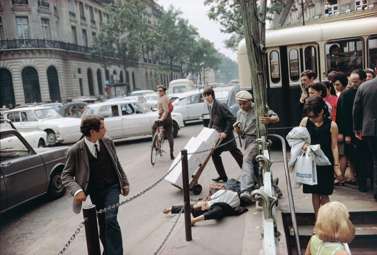 Joel Meyerowitz, Paris, 1967. Courtesy of Joel Meyerowitz.