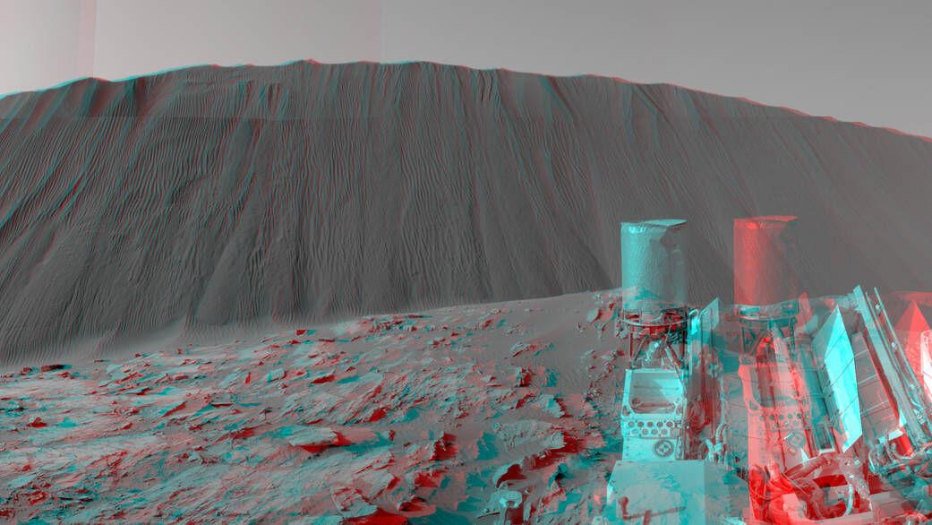 Downwind Side of Namib Sand Dune, 2015. Photo by Curiosity. © NASA/JPL-Caltech/MSSS.