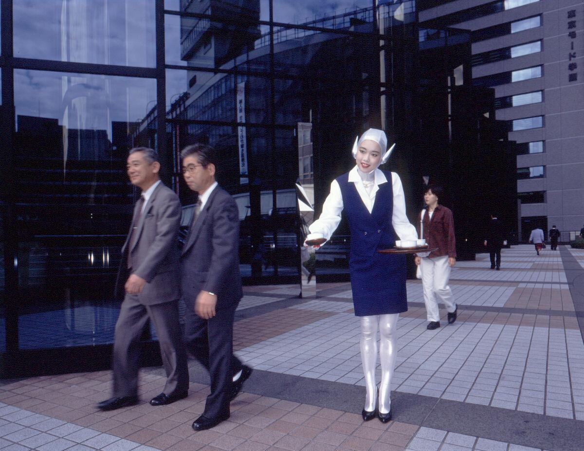 Mariko Mori, Tea Ceremony III, 1994. © Mariko Mori. Courtesy of the artist and Sean Kelly, New York.