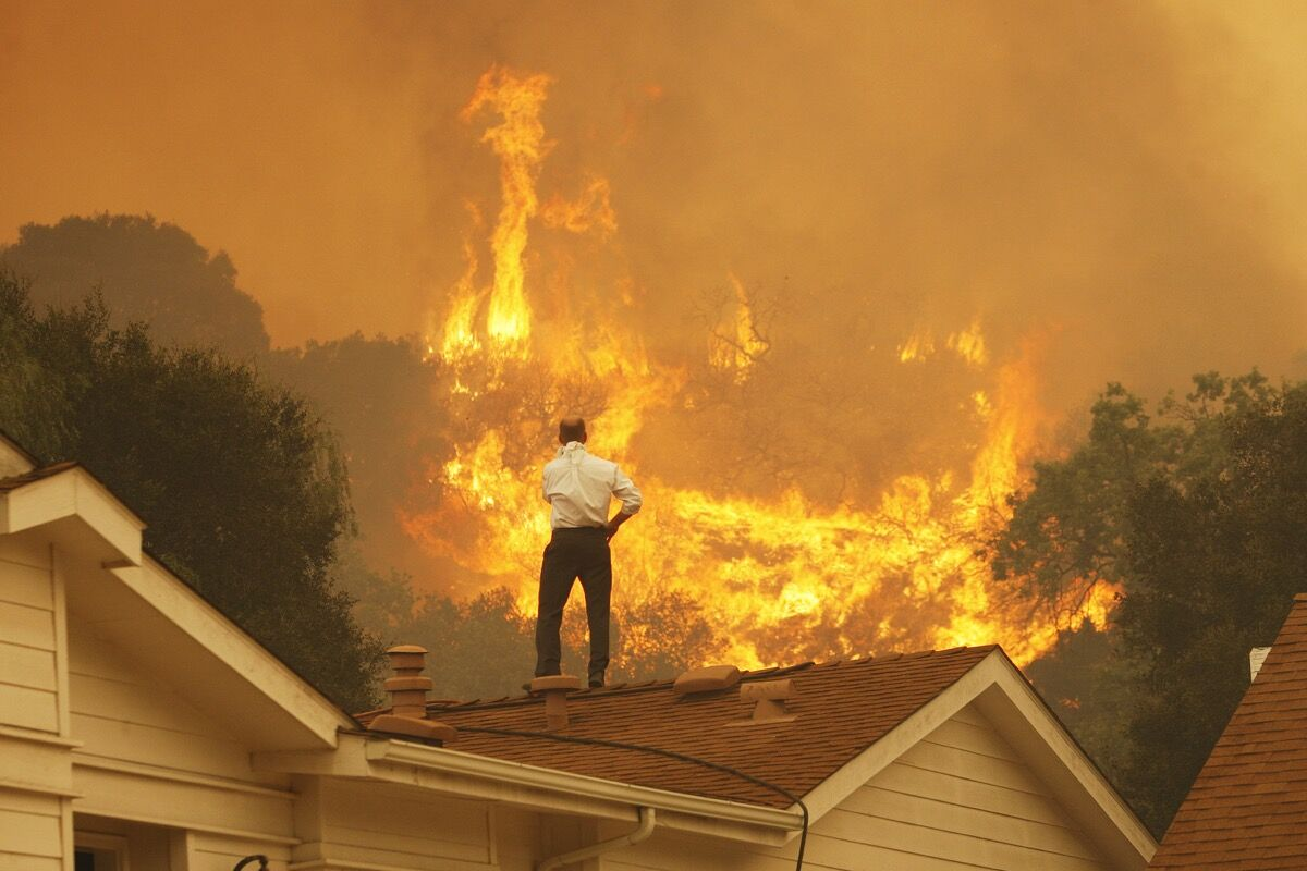 The Springs Fire, Camarillo, CA, May 2013. Photo by David McNew/Getty Images.