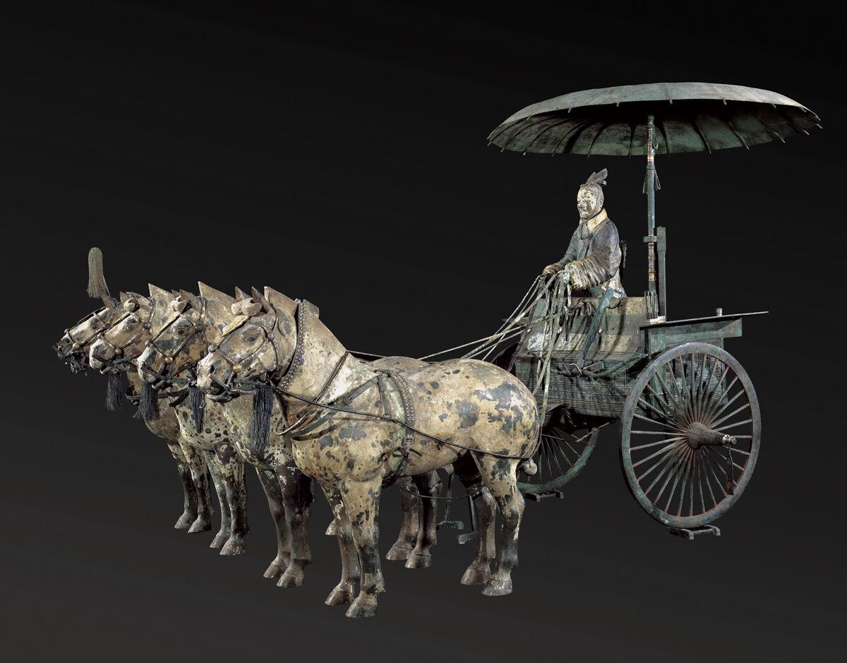 Carro No. 1 con Caballos (réplica), dinastía Qin, 221-206 aC  Cortesía del Museo de Arte de Cincinnati.