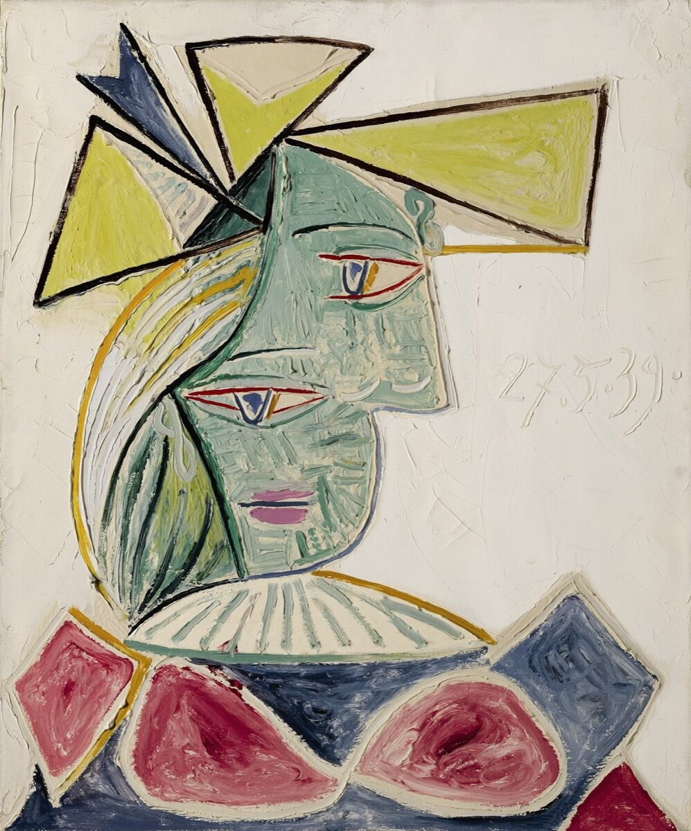 Pablo Picasso, Buste de femme au chapeau, 1939. © 2017 Estate of Pablo Picasso / Artists Rights Society (ARS), New York. Courtesy of Sotheby's.