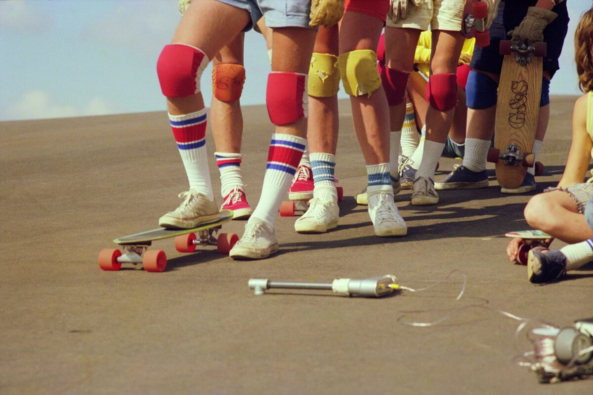 Hugh Holland, Team Line-Up (No. 60), 1976. Courtesy of M+B Photo.