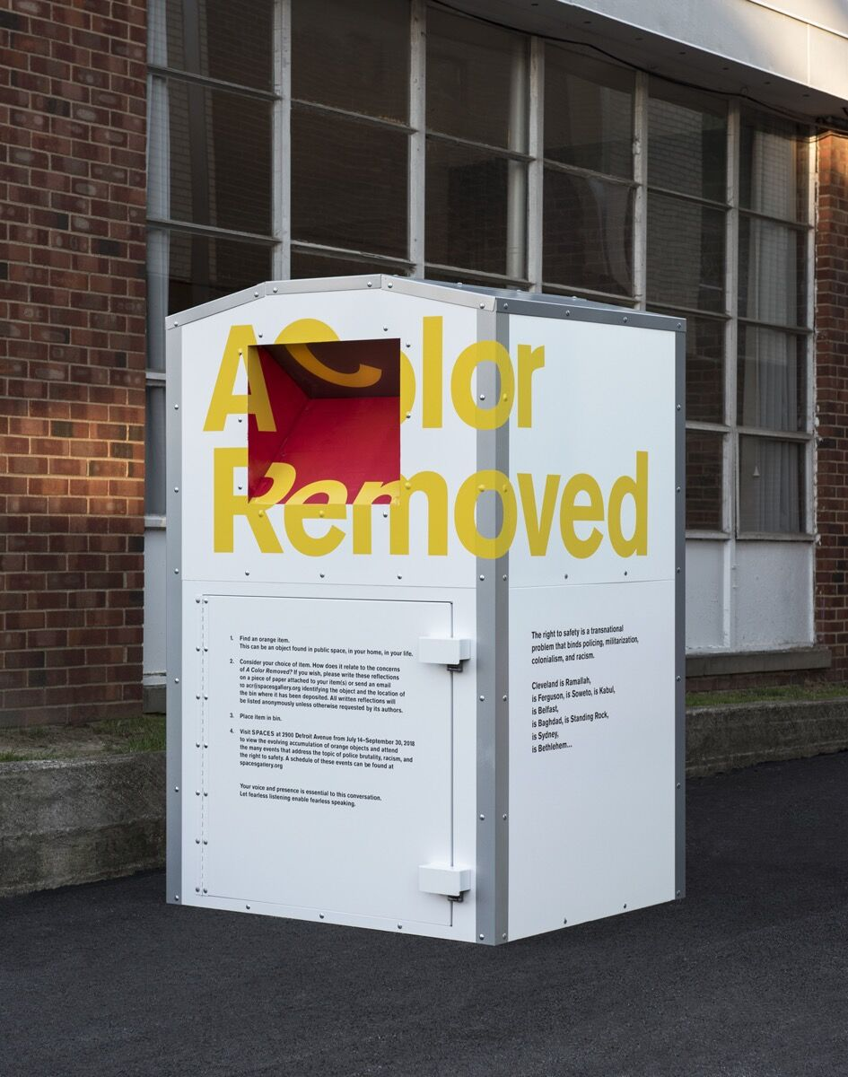 Installation view of Michael Rakowitz, A Color Removed, at SPACES for Front International: Cleveland Triennial for Contemporary Art, 2018. Photo by Field Studio. Courtesy of the artist, Rhona Hoffman Gallery, Chicago, Jane Lombard Gallery, New York City, Galerie Barbara Wien, Berlin, Case Western University, The Tamir Rice Foundation, and SPACES, Cleveland.