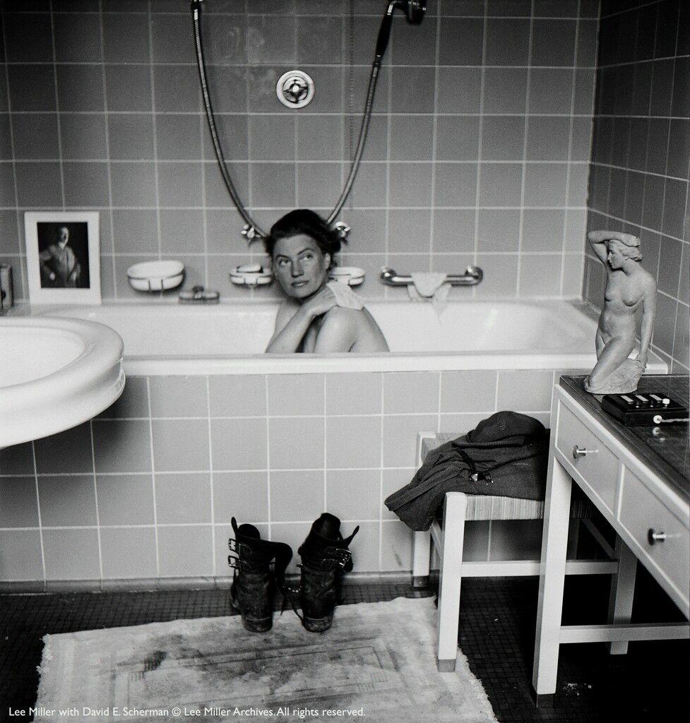 Lee Miller by David Sherman in Munich Hitler's apartment