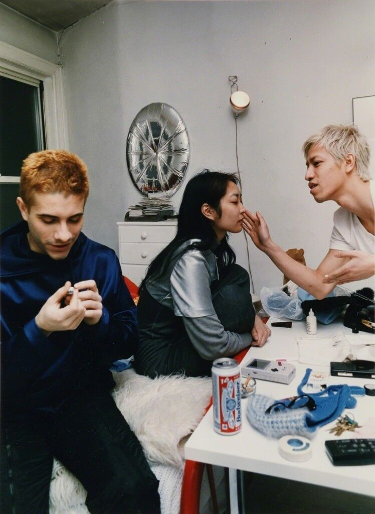 Tom, Gillian & Thoy doing makeup