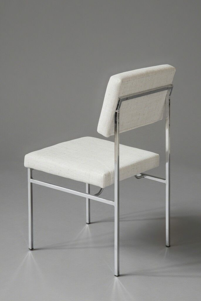 Set of 8 chairs P60